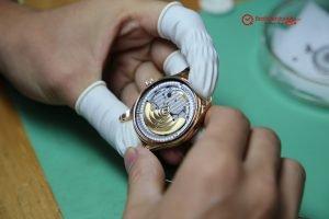 IMG 2421 300x200 - Sửa chữa, bảo hành, bảo dưỡng đồng hồ Patek Philippe