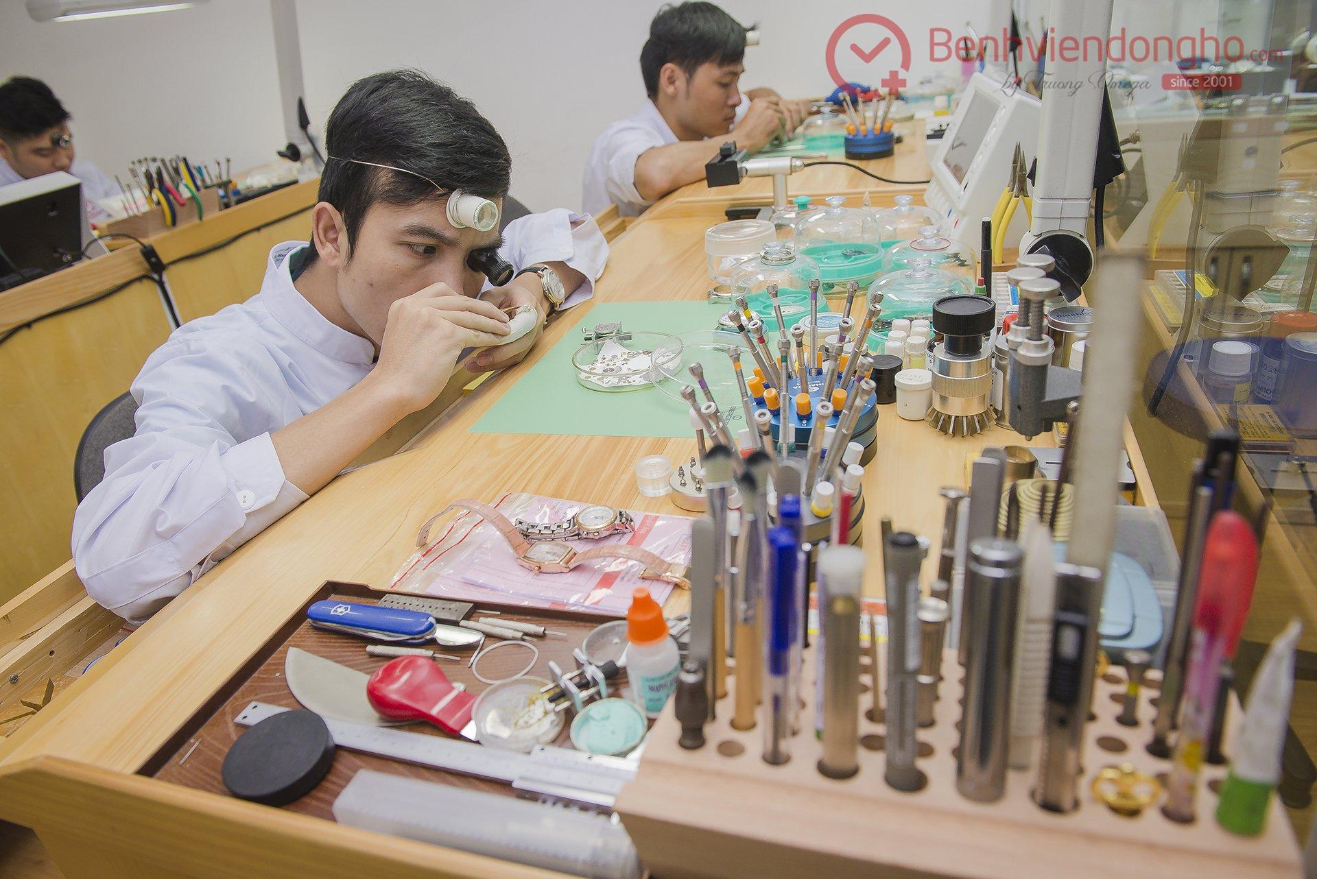 đào tạo sửa chữa đồng hồ