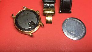 thay pin đồng hồ Tissot 300x169 - Thay Pin Đồng Hồ Tissot Chính Hãng