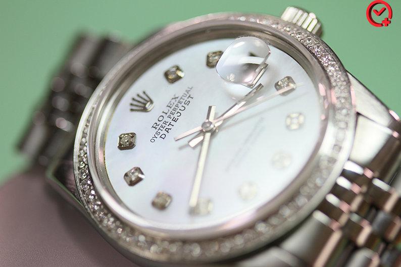 63720504291 10 Sự Thật Bất Ngờ Đằng Sau Vẻ Đắt Đỏ Của Những Mẫu Đồng Hồ Rolex