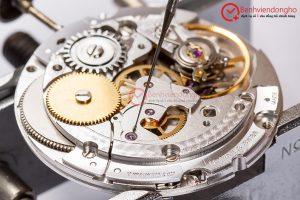 Chấm dầu đồng hồ đeo tay