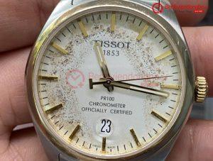 đồng hồ Tissot vào nước khiến cho đồng hồ chạy chậm